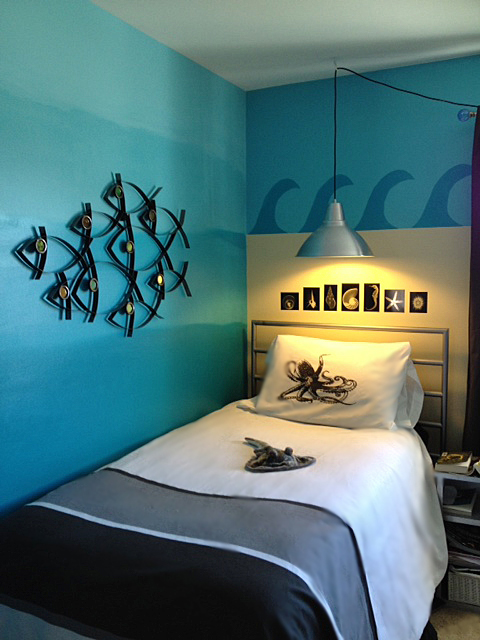 Enjoyable Tween Gets An Ocean Themed Room The Martha Project Largest Home Design Picture Inspirations Pitcheantrous