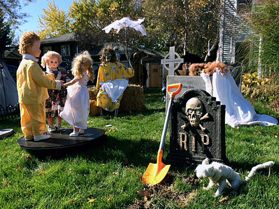 Dolls in the graveyard